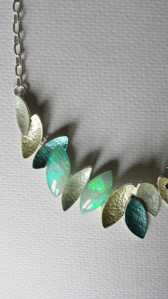 Ketting Leaves blauw-zilver